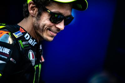Rossi in the top 3 after Friday morning problems