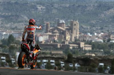 Marquez reels in victory at MotorLand on 200th GP start