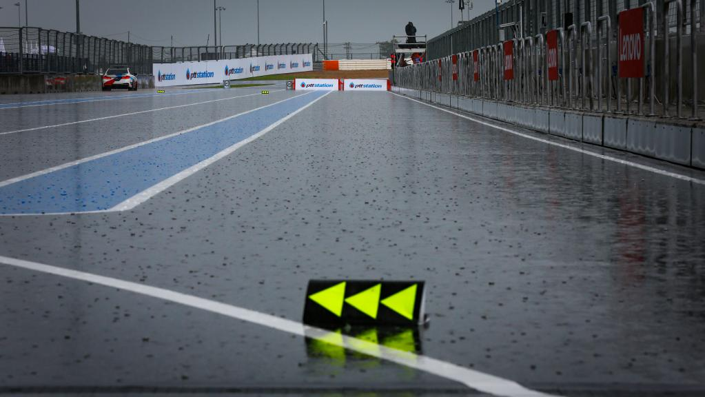 tc-thai-rain