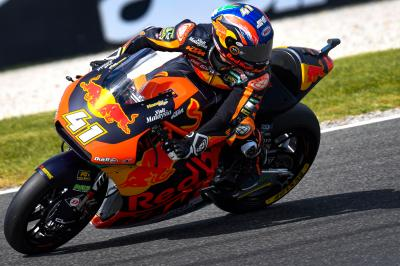 Binder leads Bezzecchi in Moto2™ Warm Up