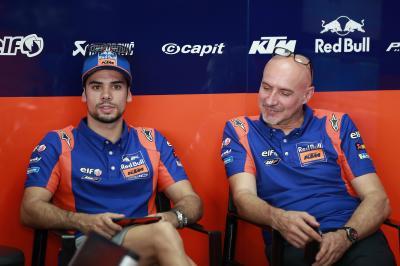 Oliveira undergoes successful shoulder operation