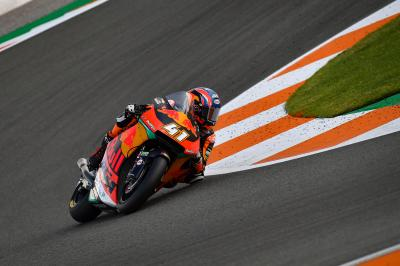 Binder unbeatable in Valencia FP3
