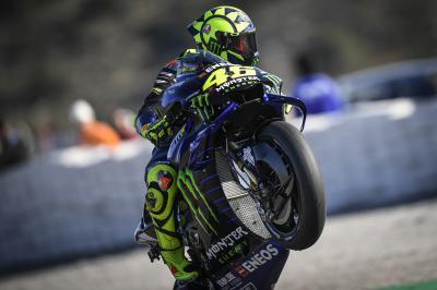 La falta de grip vuelve a cebarse con Rossi