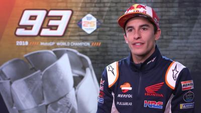 Marc Marquez accoglie il fratello nel box Repsol Honda