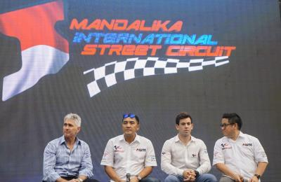 Mick Doohan visits Indonesia // #MotoGP Legend @micksdoohan is in