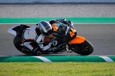 Canet y Ramírez debutan en Moto2™ en el test de Valencia
