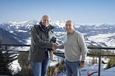 Red Bull Ring receives Best Grand Prix trophy in Kitzbühel