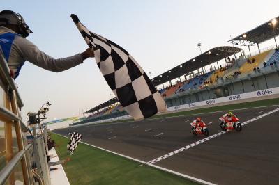 Hamada vs Furusato takes Race 1 right to the wire