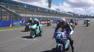 Rodrigo reina en Jerez con una maniobra al límite