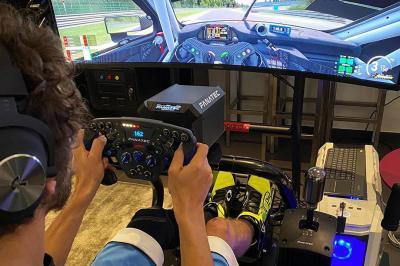 Rossi è pronto per una nuova sfida, questa volta al volante