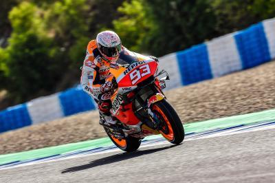 Márquez, mejor crono y primera caída en el estreno en Jerez