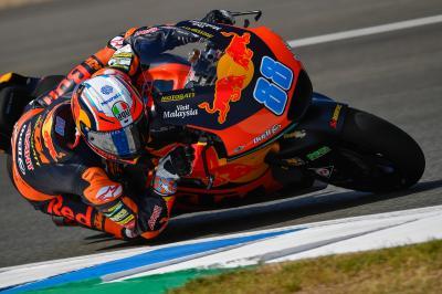 Martin firma la prima pole in Moto2™