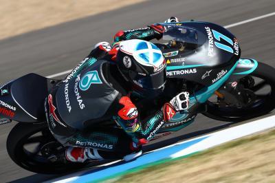 Moto3™ : McPhee brille en FP2, Fernández reste leader