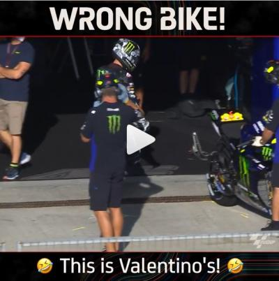 Wrong bike @maverick12official! That's @valeyellow46! The Spaniard tries to take