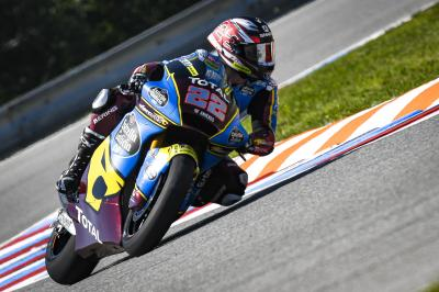 Moto2™ FP1: Lowes leads Roberts in Czechia