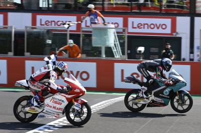 Enjoy the full last lap from a bonkers Moto3™ race for FREE!