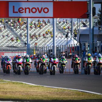 FIM Enel MotoE™ Weltcup:  Startaufstellung für Rennen 2