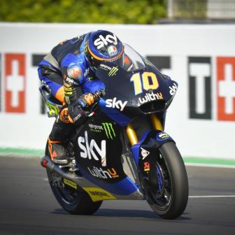 Marini bricht Moto2™-Rundenrekord & holt sich am Freitag P1