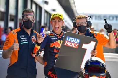 Fernandez flies to third Moto3™ pole of the season
