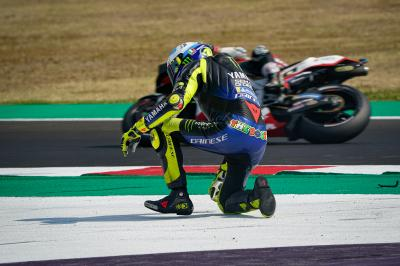 Early crash sees Rossi lose  ground in the title chase