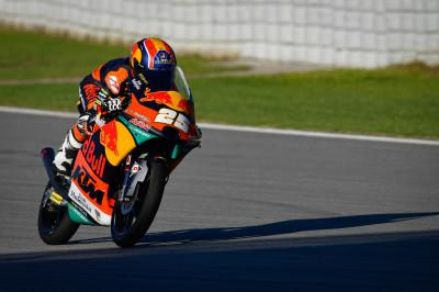 Fernandez bags a hat-trick of FP1 honours by taking top spot