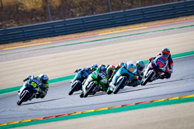 FREE: Moto3™ final lap epic as Masia takes last-gasp win