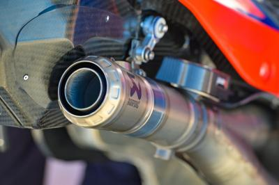 Ducati y Akrapovic, en perfecta armonía