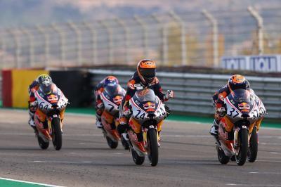 Ortola ends Acosta's winning streak in Teruel Race 1