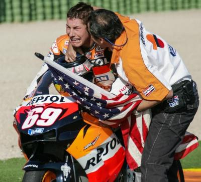 #OnThisDay 14 years ago at the #ValenciaGP Nicky Hayden became