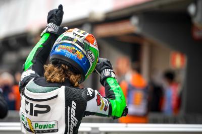 Binder schnappt sich seine erste Moto3™ Pole-Position
