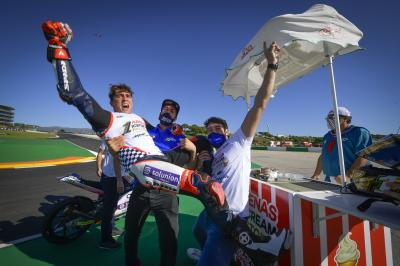 Enjoy all the elation as Arenas secured the Moto3™ title
