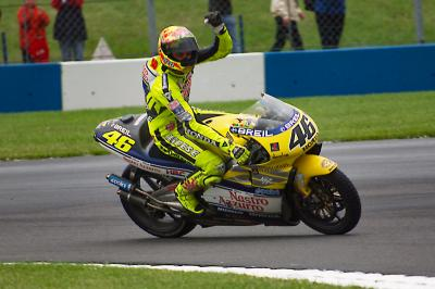Donington 2000: Rossi's first top step in the premier class