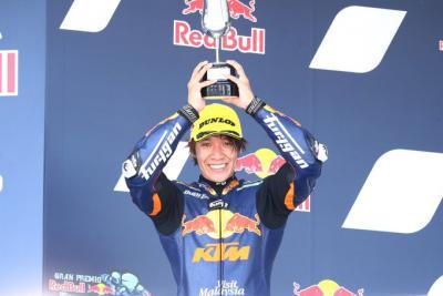 今シーズンも沢山の応援をありがとうございました。2021年に関しては、レース参戦をしない事になりました。3歳からレースを始めて夢であった世界選手権に参戦する事ができ、優勝やポール、表彰台を経験する事が出来たのは本当に皆様の応援のおかげです。