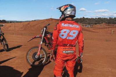 MotoGP™ rookie Martin exhibits motocross skills on YouTube