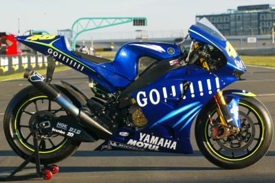 GALLERIA: La metamorfosi grafica del Yamaha Factory Racing