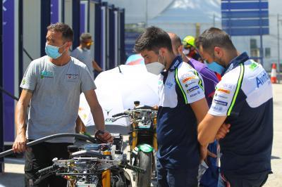 MotoE™: Los mecánicos disfrutan de un 'workshop' de Energica