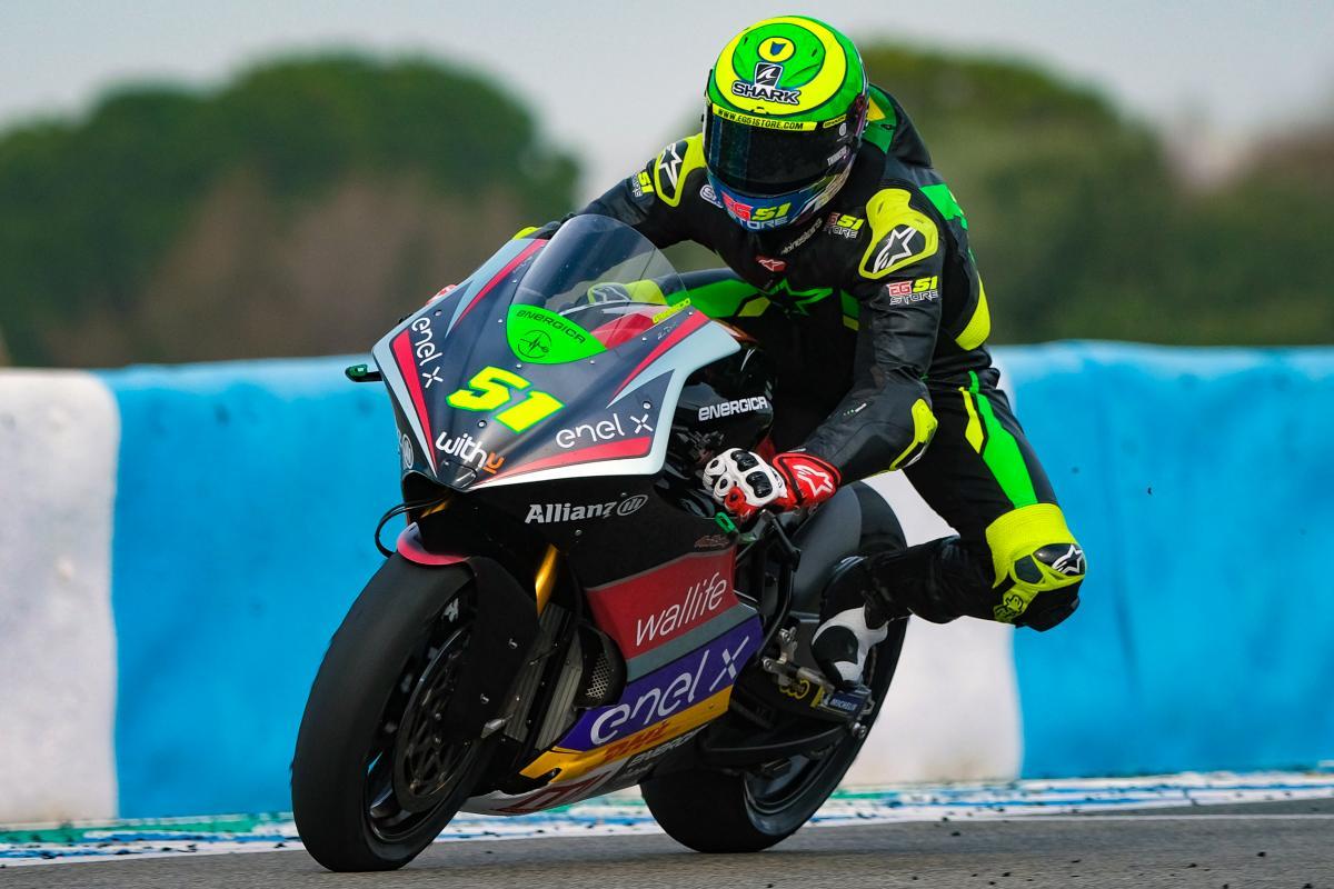 Granado bate a Aegerter por la mínima para reinar en el Test   MotoGP™