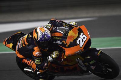 Fernández se abre camino hasta el primer puesto de Moto2 ™ Friday