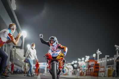 Martín hace historia con su primera 'pole' en MotoGP™