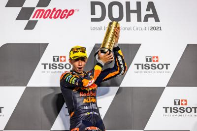 Moto3™ race recap - Acosta stuns in comeback for the ages