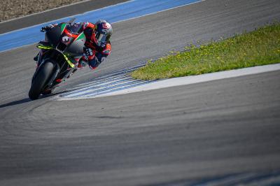 IMPERDIBILE: Dovizioso in sella alla RS-GP a Jerez