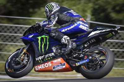 Viñales marca el ritmo en el competitivo regreso de Márquez