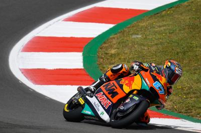 Gardner takes Moto2™ initiative with FP3 top spot