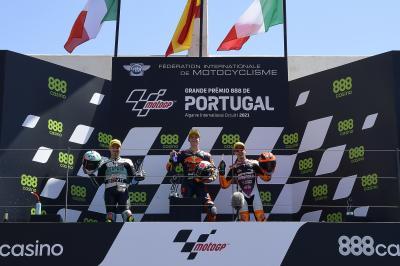 Acosta, Foggia y Migno analizan la carrera lusa de Moto3™