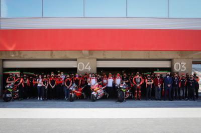 MotoGP™ y F1 rinden un homenaje a Fausto Gresini