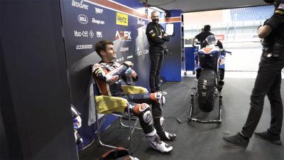 Lo que sucede de verdad: Antes de una carrera de Moto2™