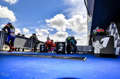 LIVE: La conferenza stampa MotoGP™ e After The Flag