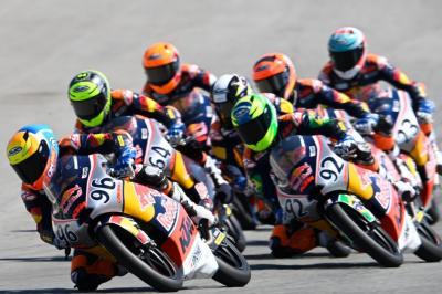 Red Bull Rookies, Course 2: Coup double pour Holgado à Jerez