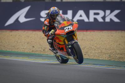 Raúl Fernández saborea su primera 'pole' en Moto2™