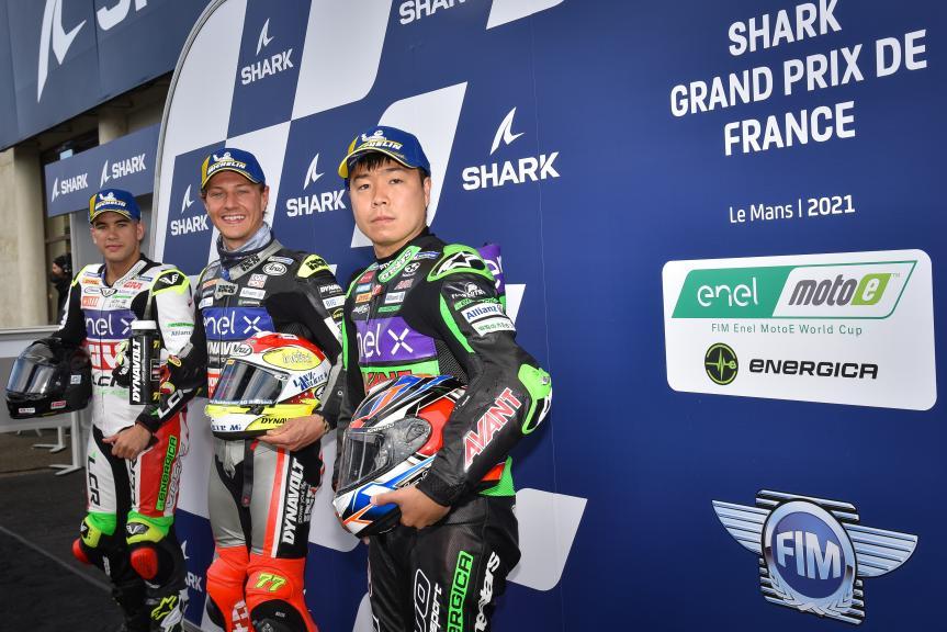 Dominique Aegerter, Miquel Pons, Hikari Okubo, SHARK Grand Prix de France